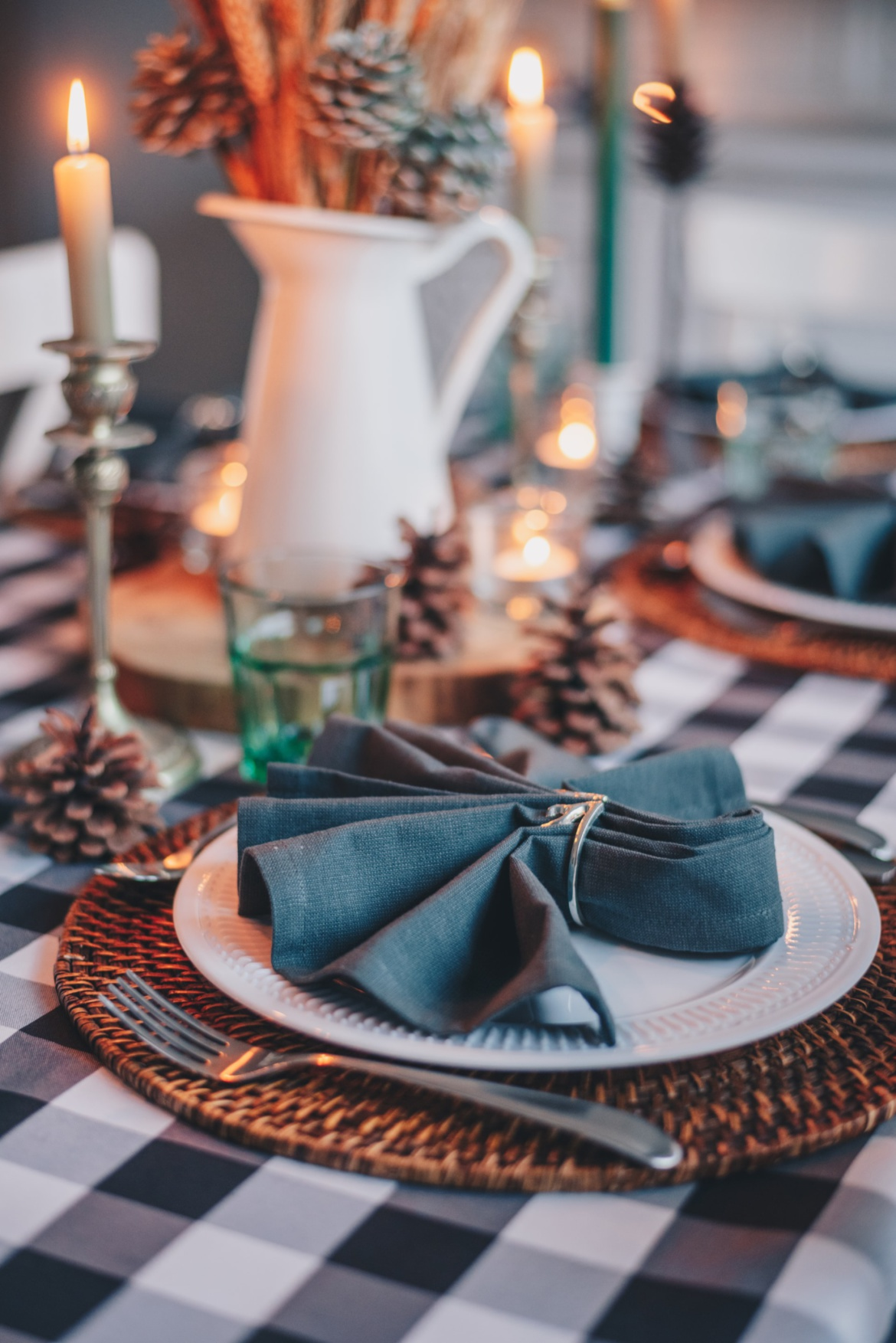 winter-place-setting-scaled.jpg